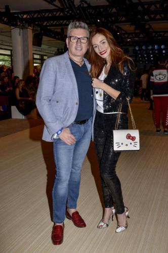 Designer com a apresentadora Maria Eugenia Suconic